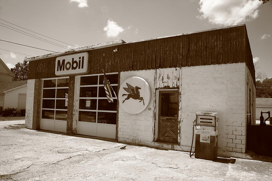 Route 66 - Rusty Mobil Station Photograph  - Route 66 - Rusty Mobil Station Fine Art Print