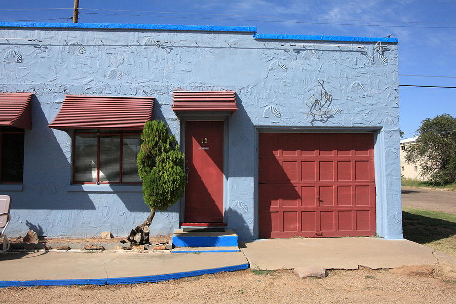 tucumcari chat rooms Tucumcari's past comes alive come sit a spell and chat with the along this row of trees were bathhouses and changing rooms made of adobe.