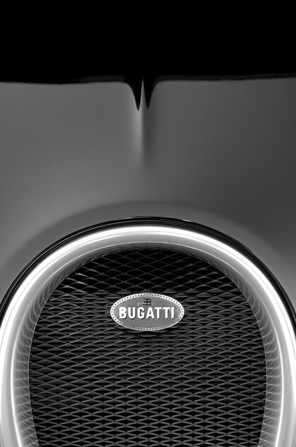 2008 bugatti veyron grille emblem 3 photograph by jill reger. Black Bedroom Furniture Sets. Home Design Ideas