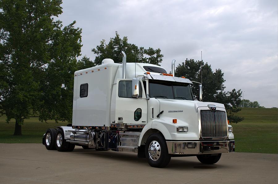 Custom Sleepers For Trucks Autos Post