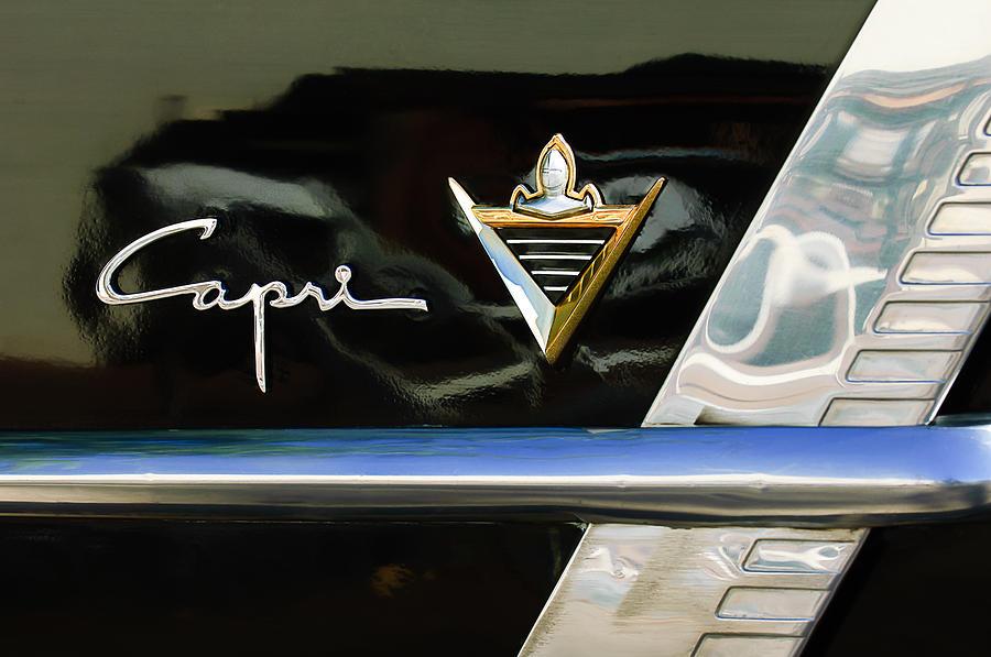 Lincoln Capri Emblem Photograph