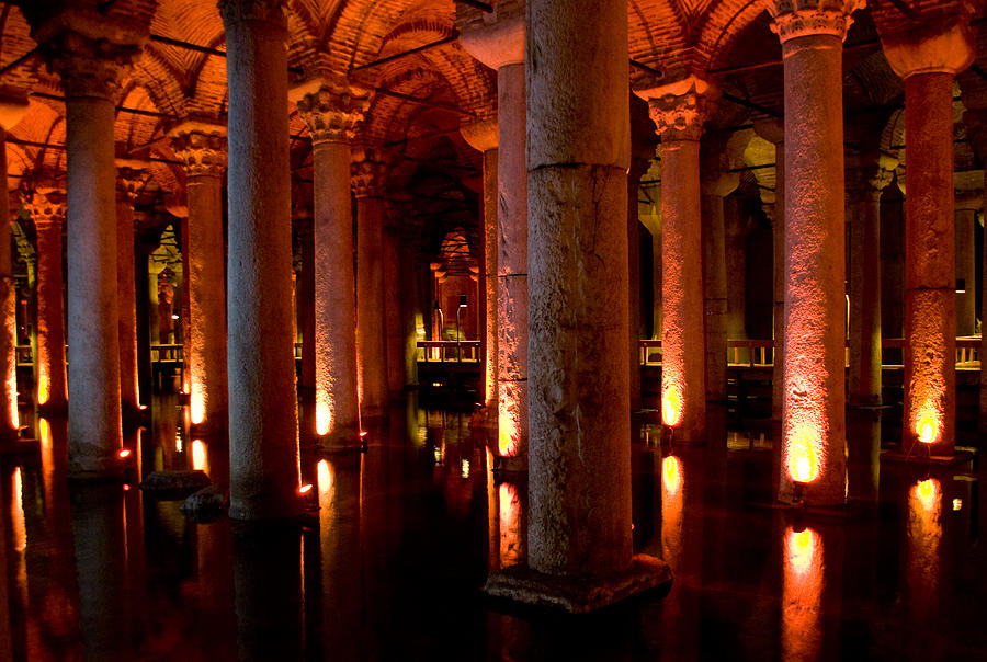 Yerebatan Sarayi Cistern Istanbul Turkey Digital Art by ...