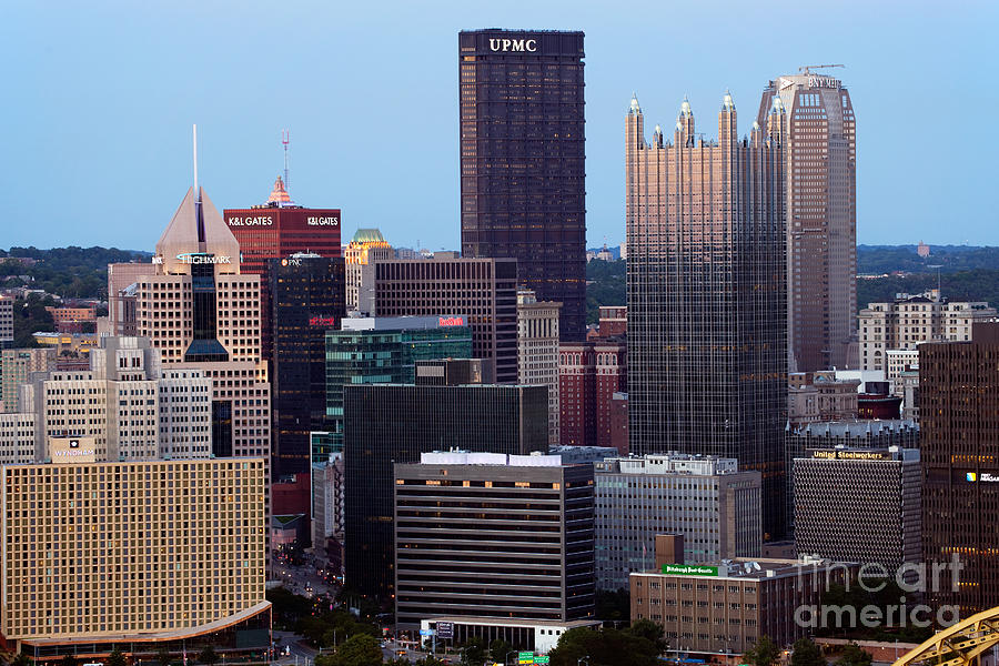 Downtown Skyline Of Pittsburgh Pennsylvania Photograph