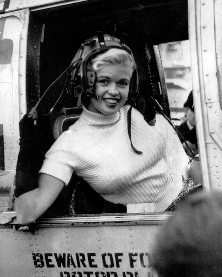 classic Photograph - Jayne Mansfield by Retro Images Archive