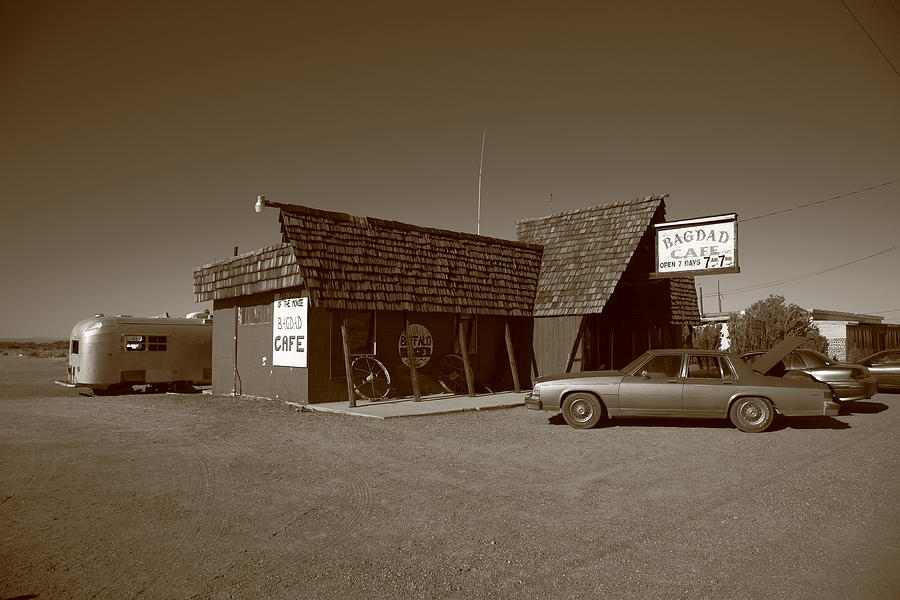 66 Photograph - Route 66 - Bagdad Cafe by Frank Romeo