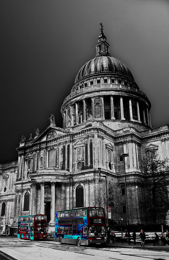 St Pauls Photograph - St Pauls Cathedral London Art by David Pyatt