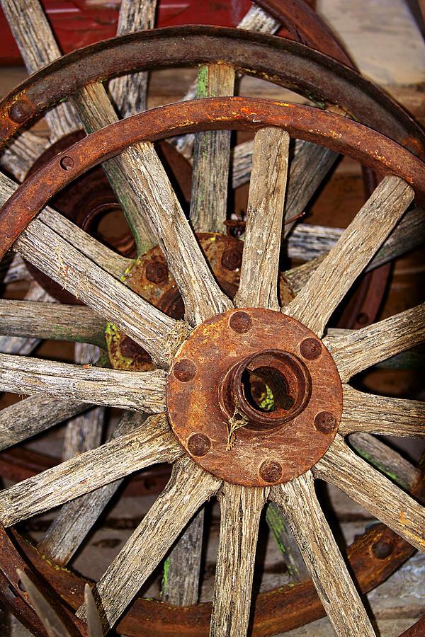 Wheels Photograph - A Wheel In A Wheel by Phyllis Denton