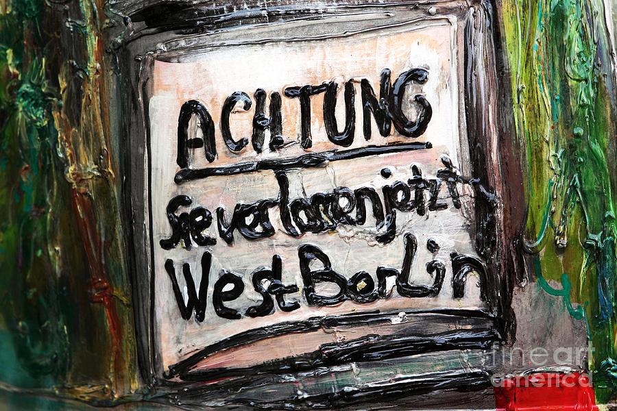 Achtung Photograph