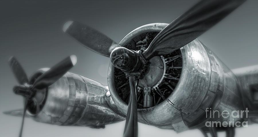 Airplane Propeller - 02 Photograph