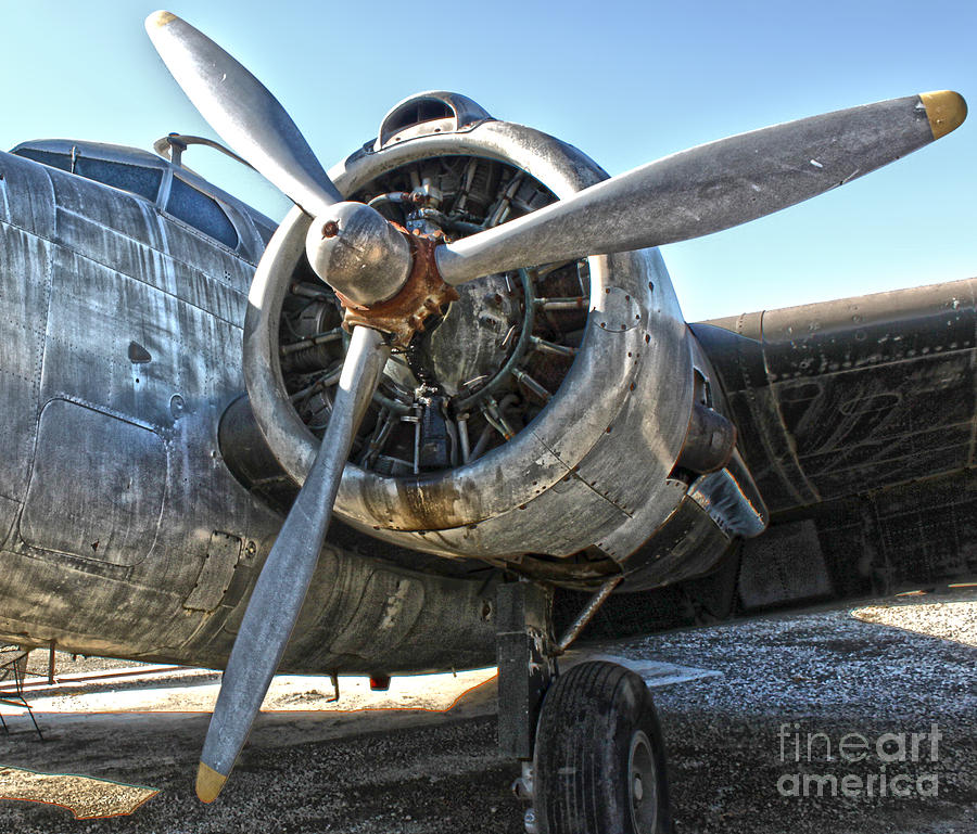 Airplane Propeller - 04 Photograph