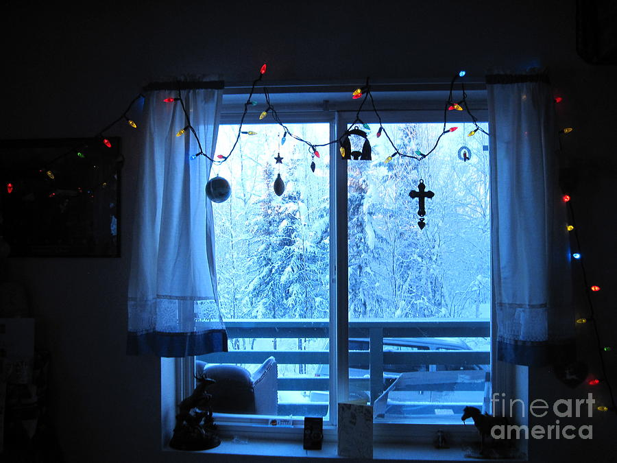 Large Lighted Window Christmas Decorations