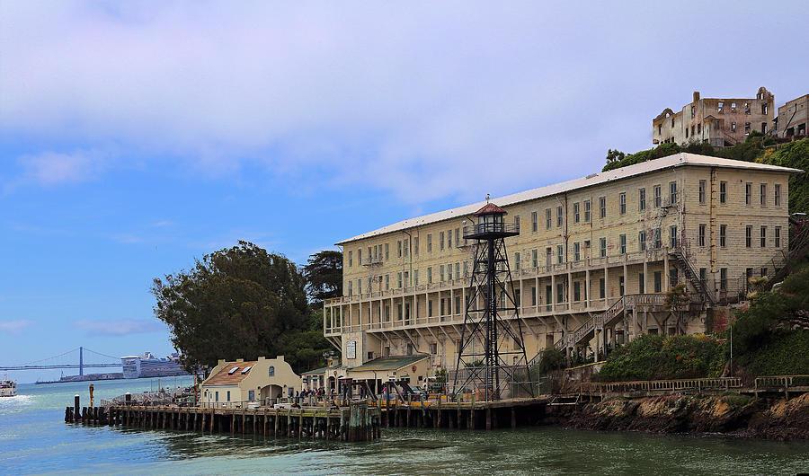 Alcatraz Photograph - Alcatraz  Building 64 by Viktor Savchenko