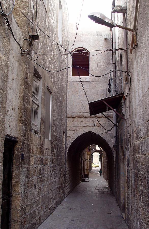 Aleppo Photograph - Aleppo Alleyway04 by Mamoun Sakkal