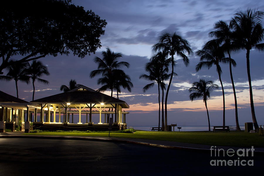 Alii Kahekili Nui Ahumanu Beach Park Hanakaoo Kaanapali Maui Hawaii Photograph