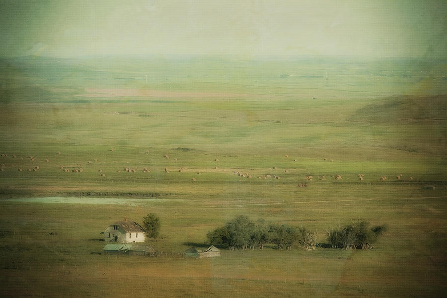 An Abandoned Farmhouse Photograph  - An Abandoned Farmhouse Fine Art Print