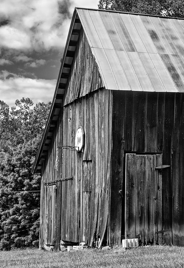 An American Barn Bw Photograph