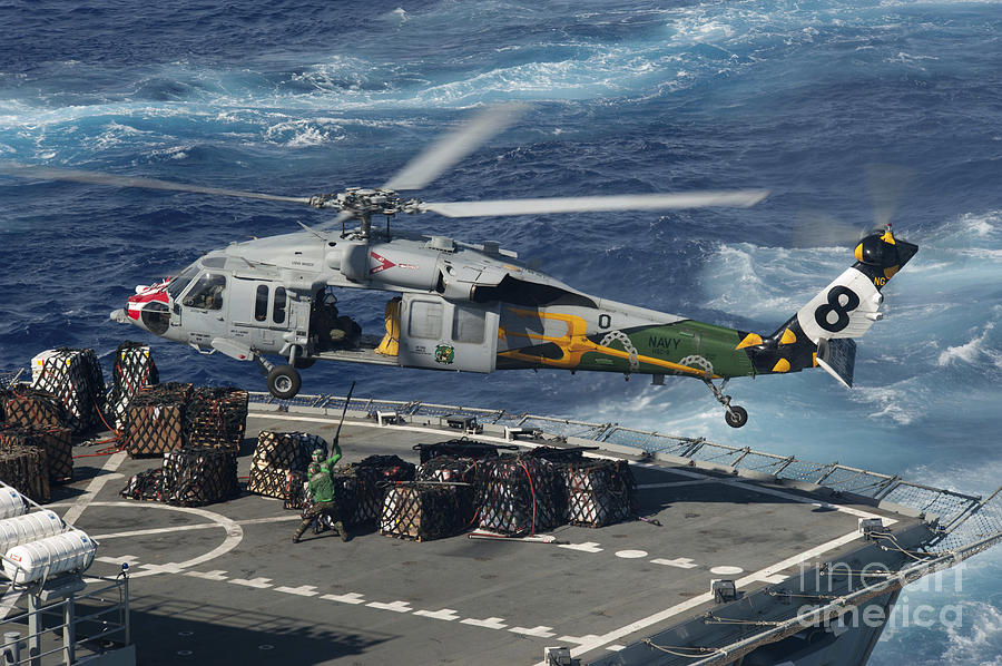 An Mh-60s Sea Hawk Helicopter Picks Photograph