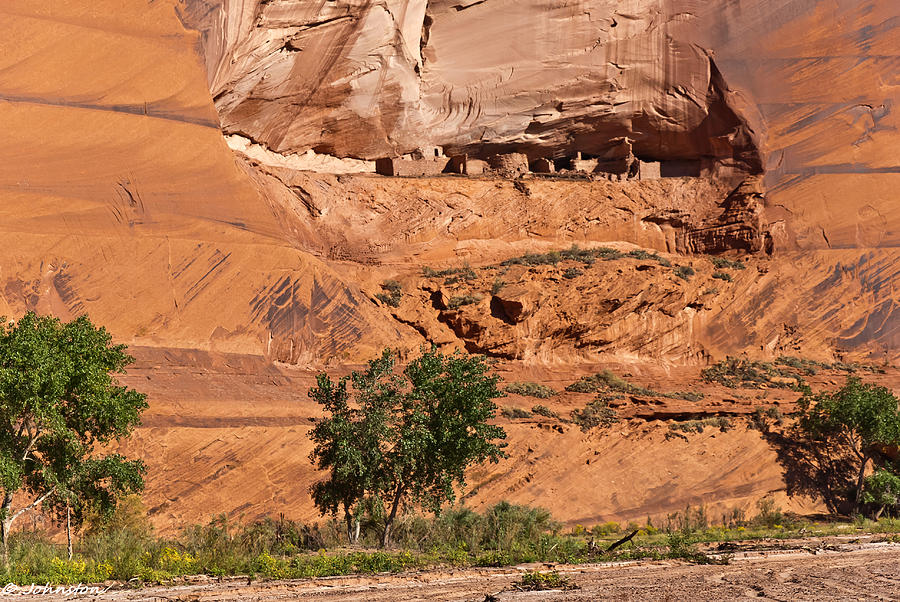 Arizona Photograph - Ancient Anasazi Pueblo Canyon Dechelly by Bob and Nadine Johnston
