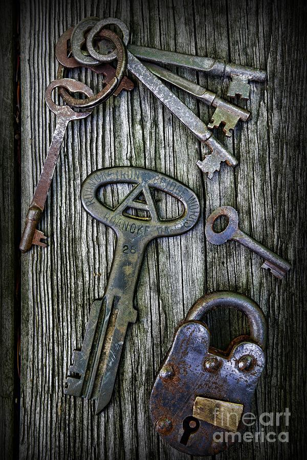 Paul Ward Photograph - Antique Keys And Padlock by Paul Ward