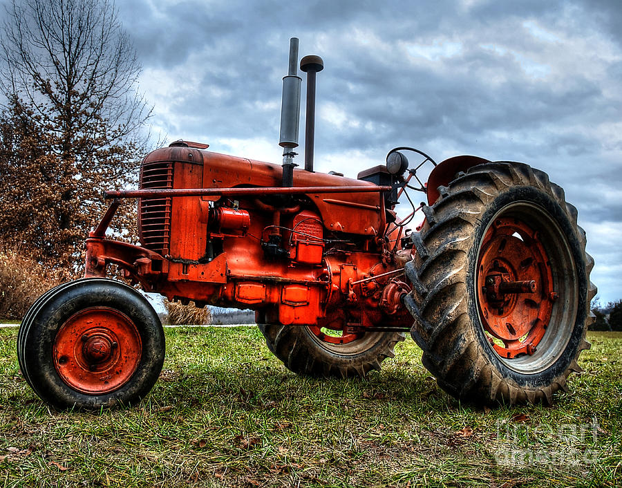 Displaying (17) Gallery Images For Antique Tractor Images...