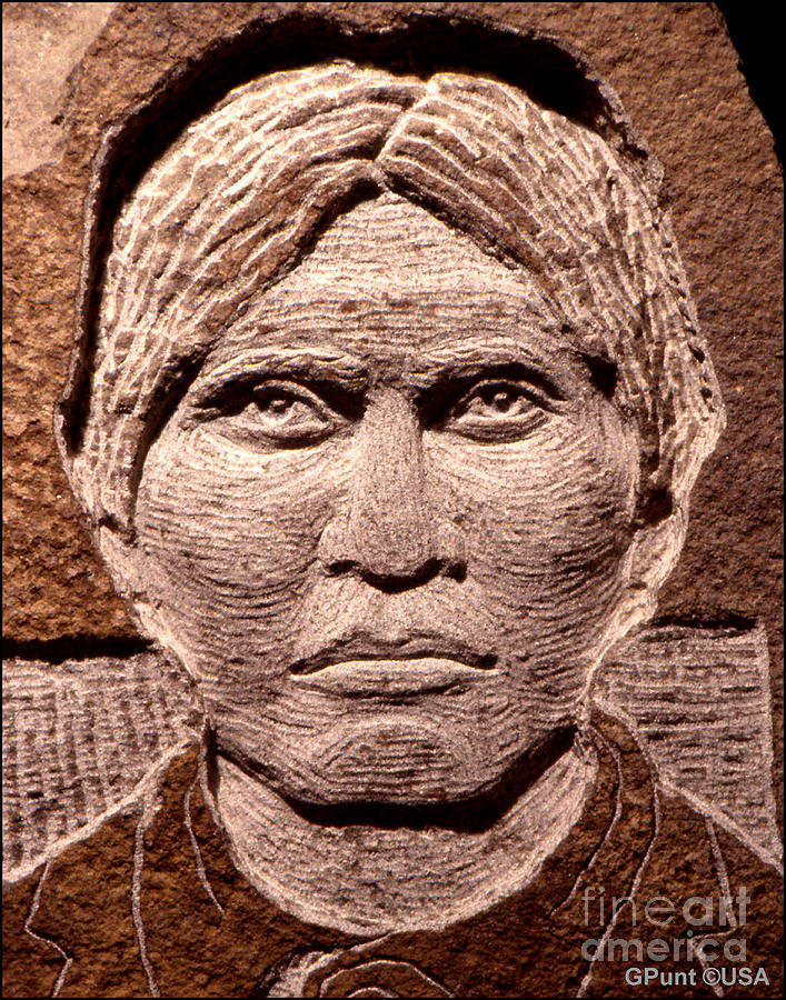 Apache-kid Sculpture