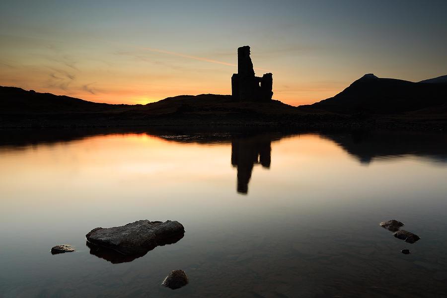 Ardvreck Castle Photograph - Ardvreck Sunset by Grant Glendinning