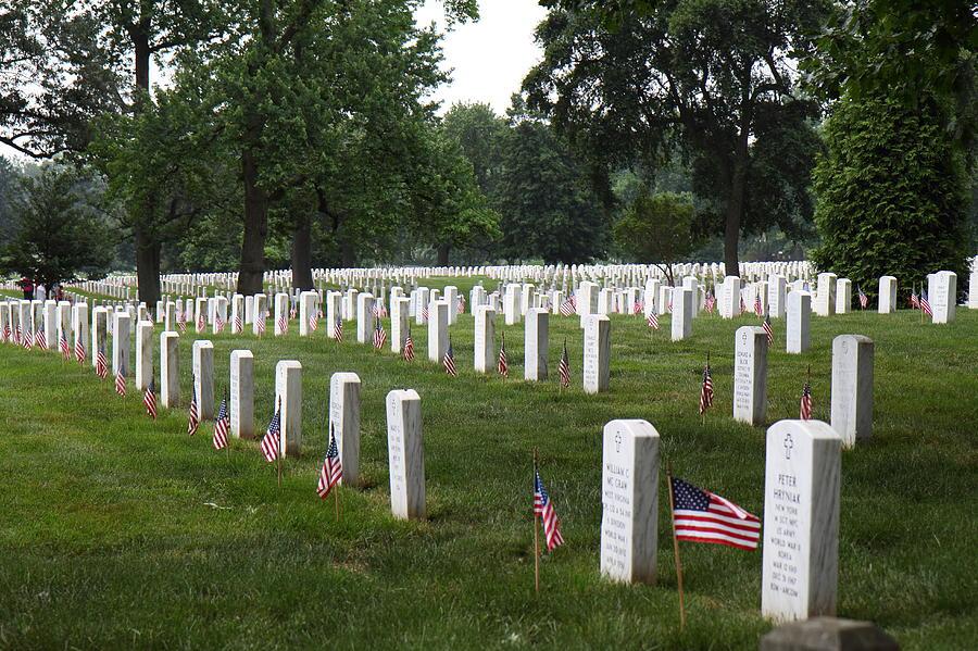 Arlington Photograph - Arlington National Cemetery - 01132 by DC Photographer