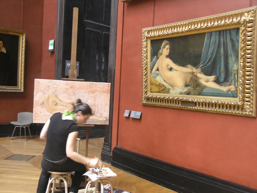 Amateur Artist Photograph - Artist At The Louvre by Stanley Lupo