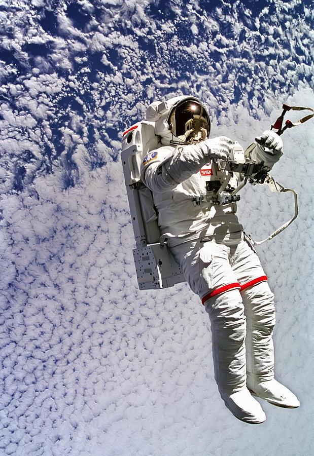 astronauts space walk photos - photo #20