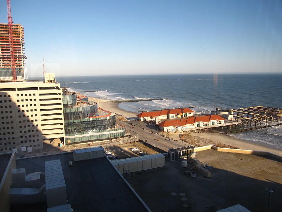 Atlantic Photograph - Atlantic City - 01133 by DC Photographer