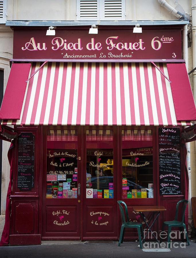 Au Pied De Fouet Photograph