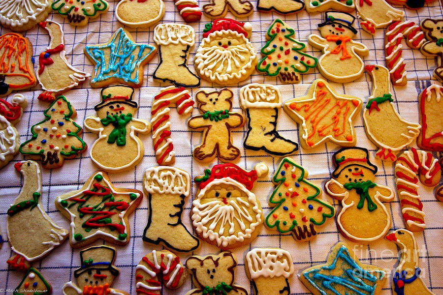 Cookies Photograph - Aunt Tcs Christmas Cookies by Mitch Shindelbower