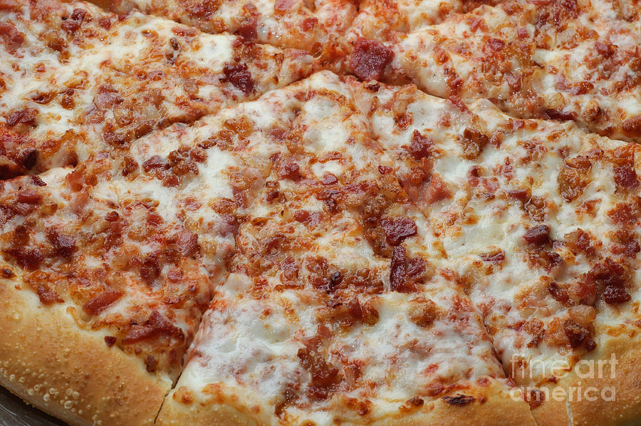 we know your celebrity crush based on your pizza preferences