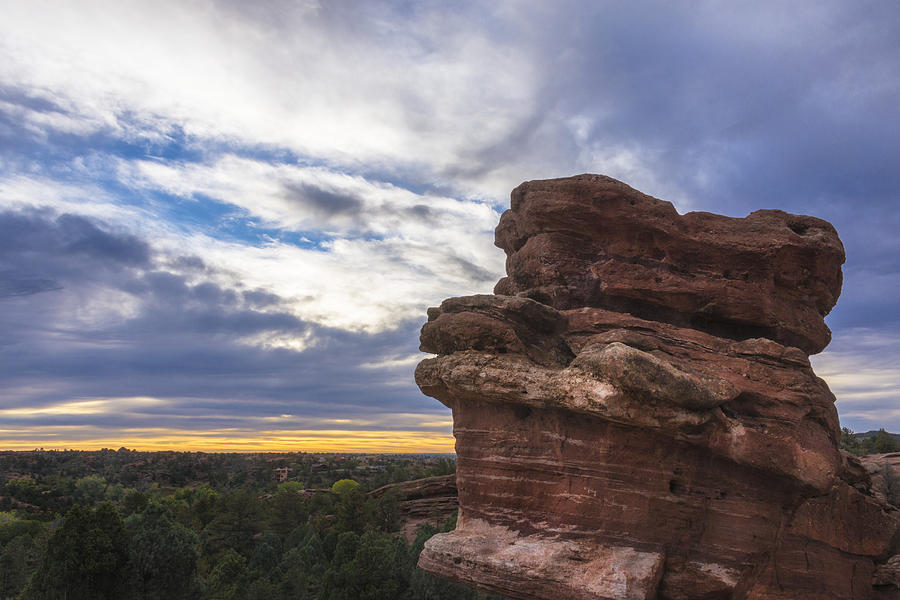 Balanced Rock At Sunrise Garden Of The Gods Colorado Springs Photograph By Brian Harig