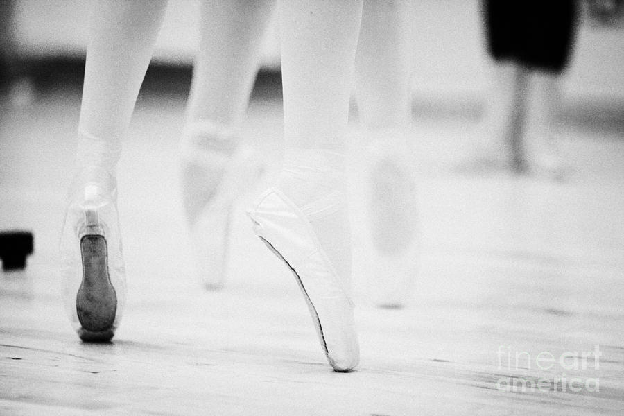 Ballet Students Demonstrating En Pointe Classical Technique At A Ballet School In The Uk Photograph