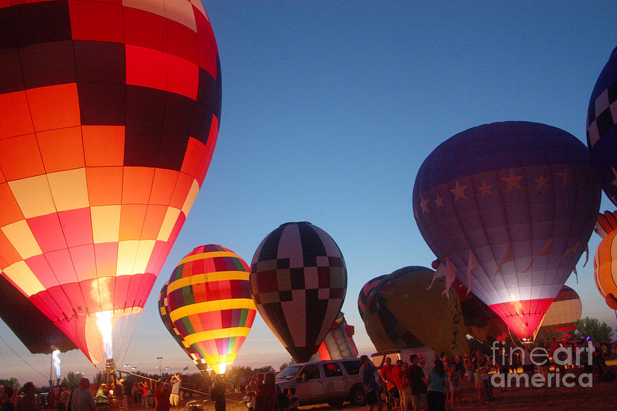 Hot Air Balloons Photograph - Balloon-glow-7783 by Gary Gingrich Galleries
