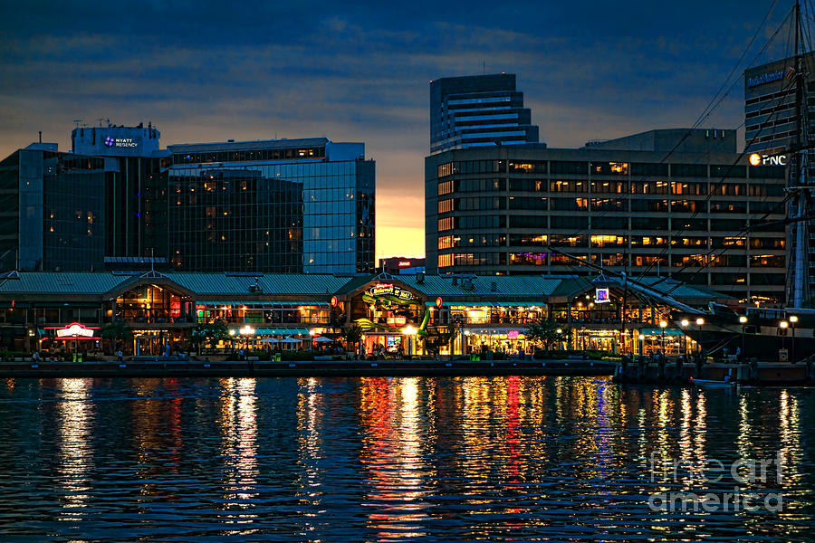 Renaissance Baltimore Harborplace Hotel in Baltimore on omskbridge.ml and earn Rewards nights. Collect 10 nights get 1 free*. Read genuine guest reviews for Renaissance Baltimore /5.