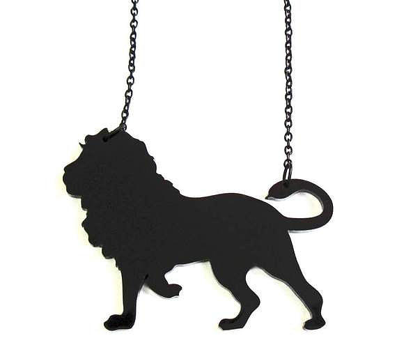 Baronyka Black Lion Pendant Necklace Jewelry