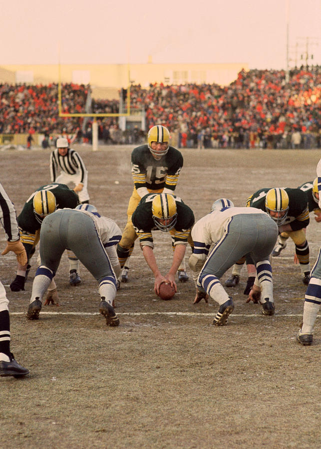 Marvin Newman Photograph - Bart Starr Goal Line by Retro Images Archive