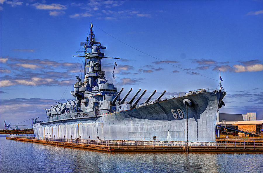 Ww Ii Photograph - Bb-60 Uss Alabama by Barry Jones