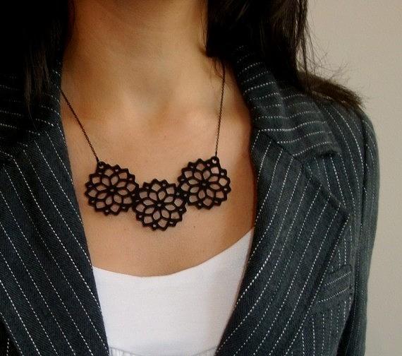 Jewelry Jewelry - Beautiful Bouquet Necklace by Rony Bank