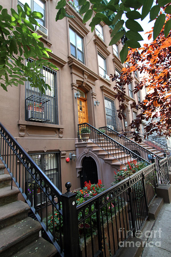 Beautiful brownstone home photograph by steven spak for Beautiful medium houses