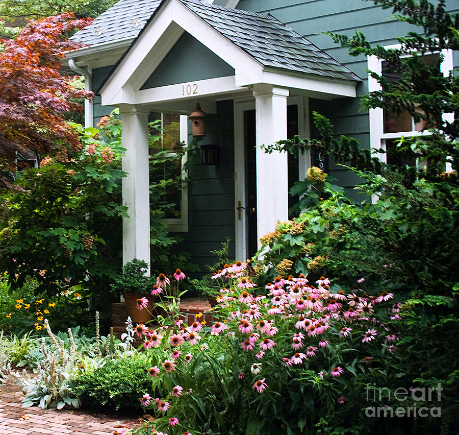 Beautiful front garden photograph - Beautiful small front gardens ...