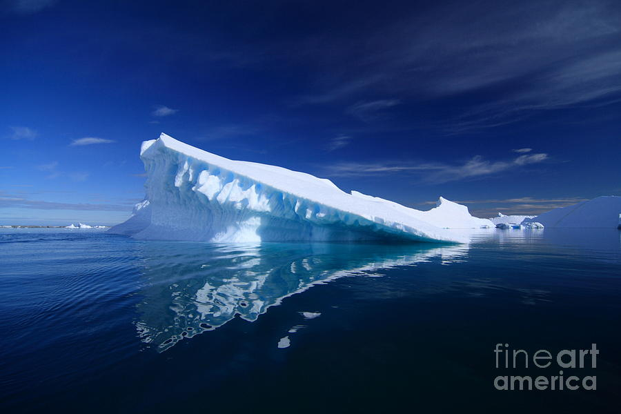 Beautiful Iceberg Photograph