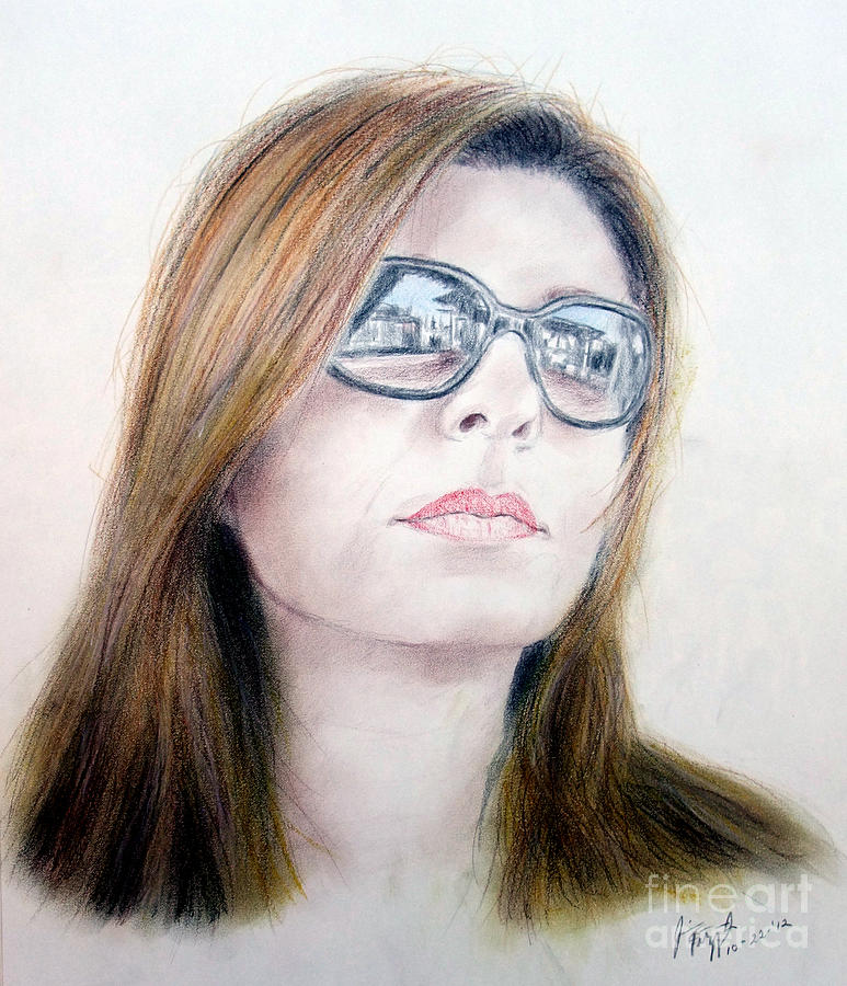 Beauty Wearing Sunglasss  Drawing
