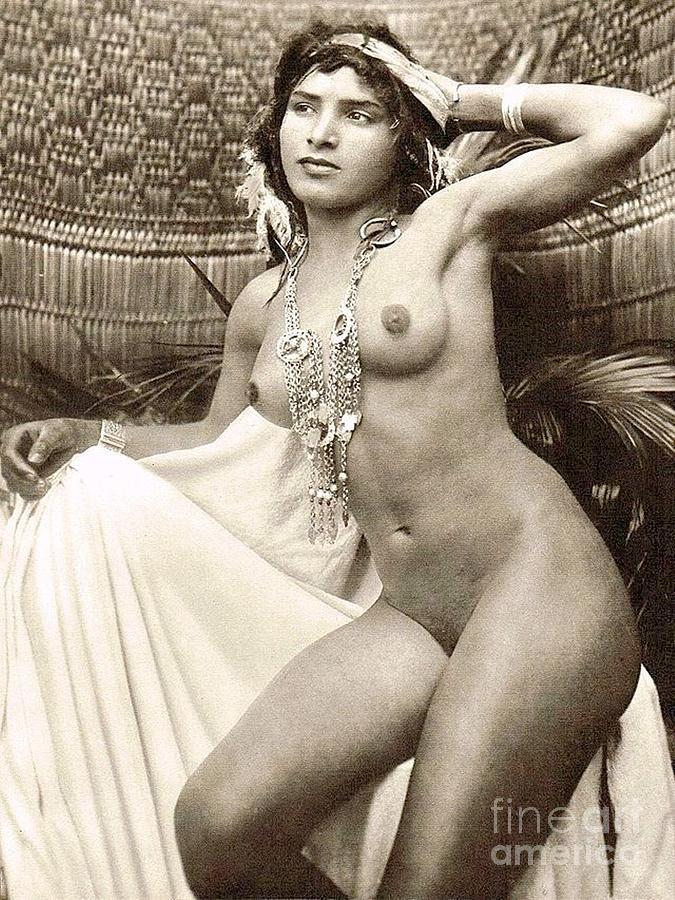 maria osawa in sex pose