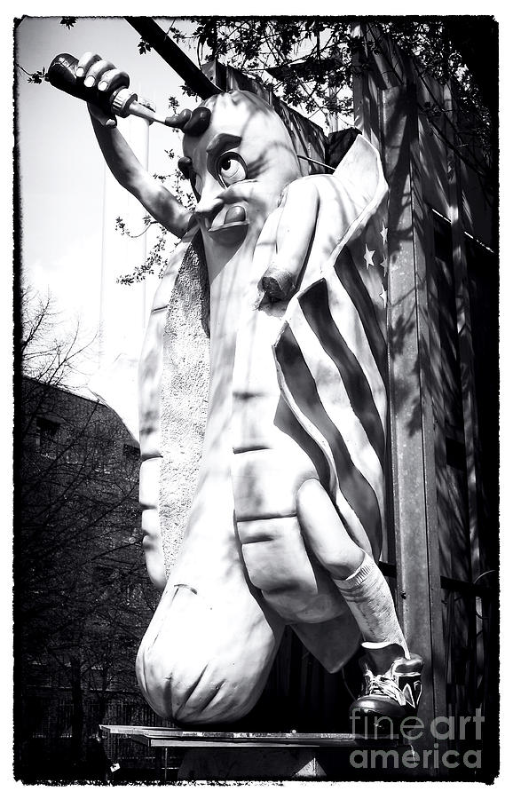 Big Wiener Photograph - Big Wiener by John Rizzuto