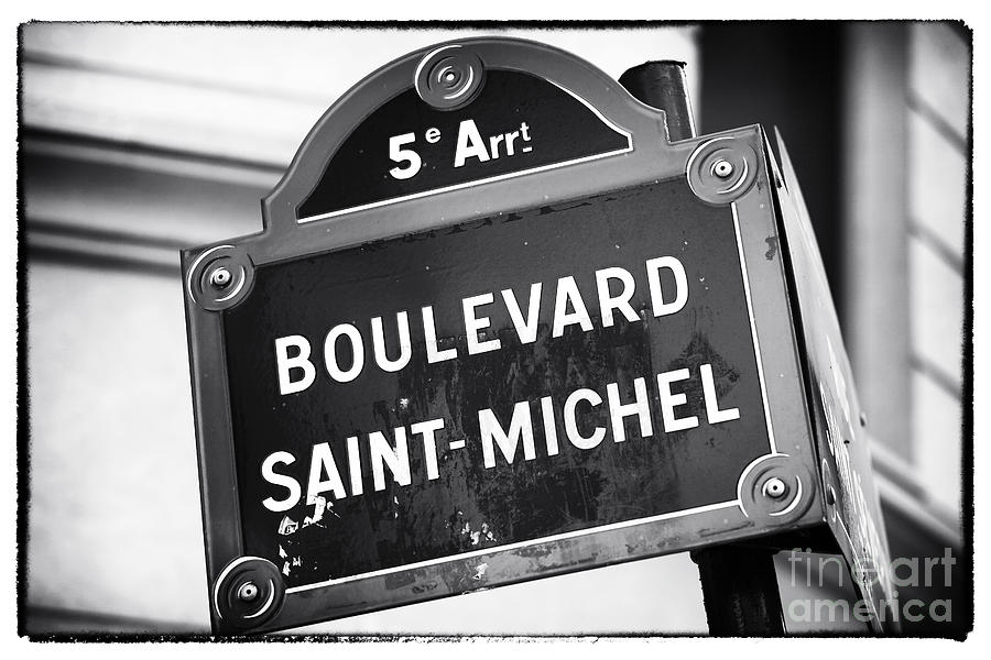 Boulevard Saint-michel Photograph