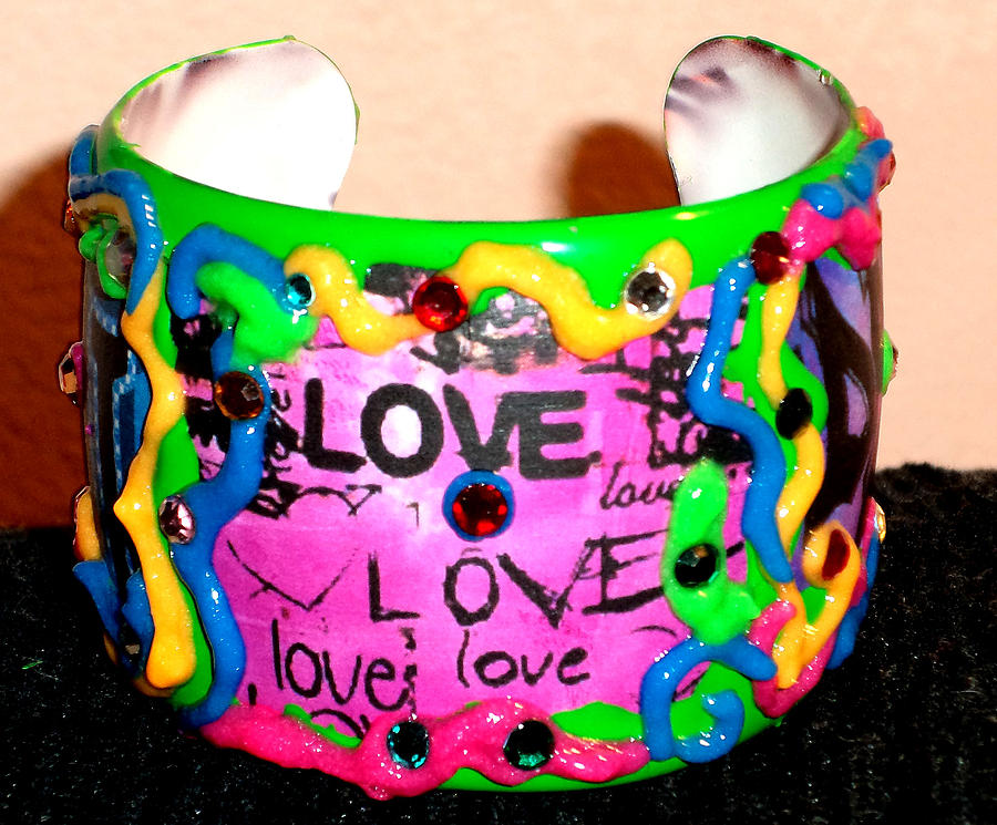 Bracelet Painting - Bracelet With Graffiti by Patricia Rachidi