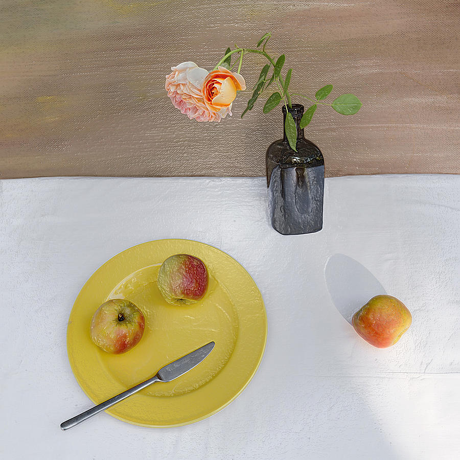 3d Modern Breakfast For Two With Apple Still Life